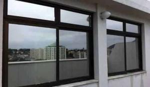 pelicula de ceramica para janelas residenciais